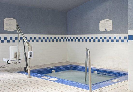Okemos, MI: Indoor Whirlpool