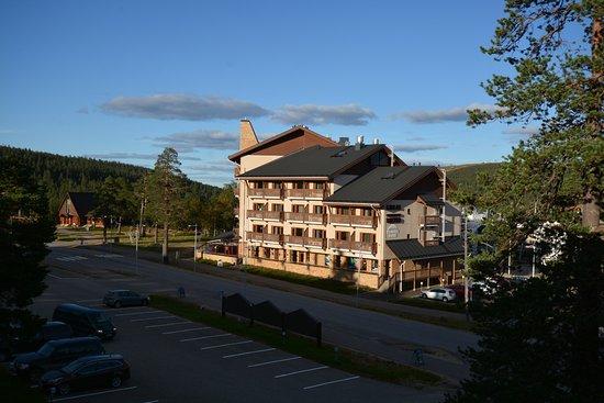 Lapland Hotel Riekonlinna: di fronte, la concorrenza.