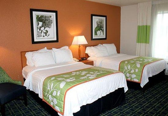Fairmont, Δυτική Βιρτζίνια: Double/Double Guest Room