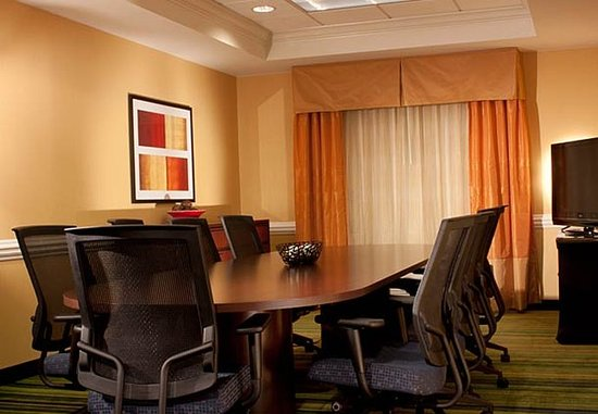 Kennesaw, GA: Boardroom