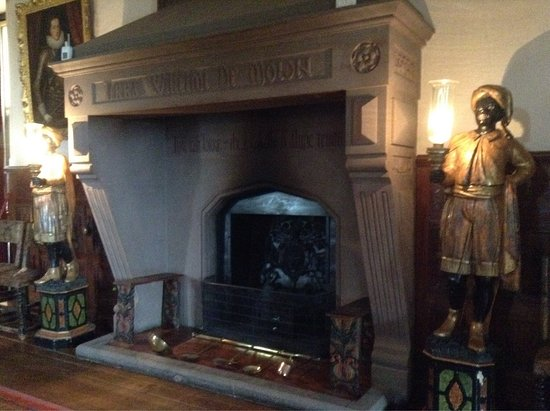 Dunster, UK: The big fire in the main hall