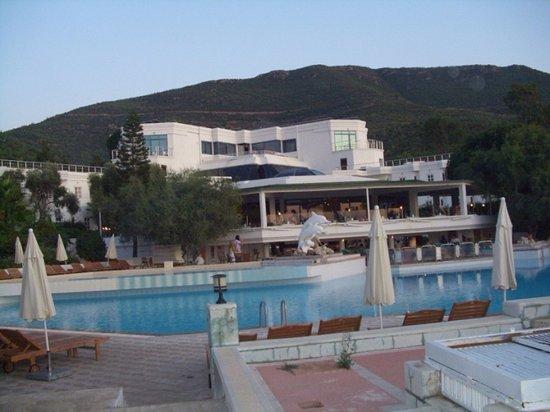 Litera Altinel Hotel