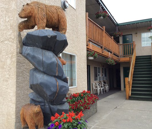 Lazy Bear Lodge Photo