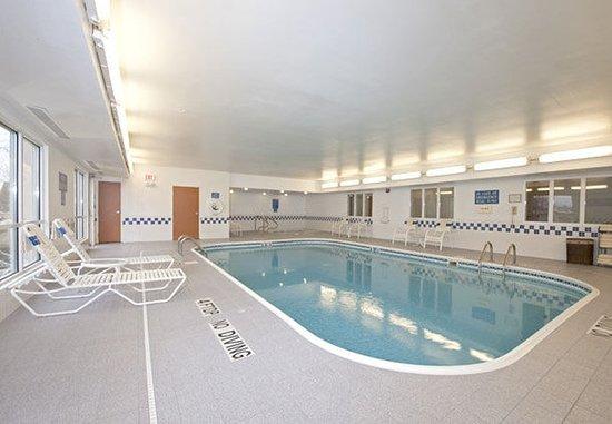 Saginaw, MI: Pool & Hot Tub