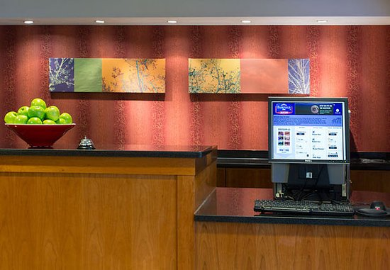 Webster, Nowy Jork: Front Desk