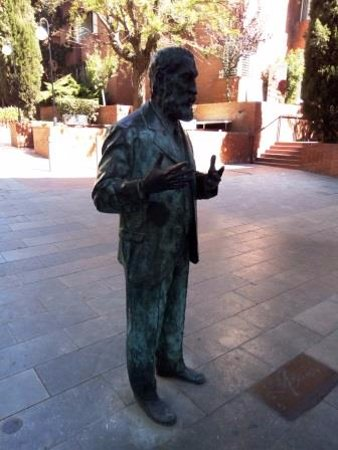 Province of Barcelona, Spanyol: Estatua