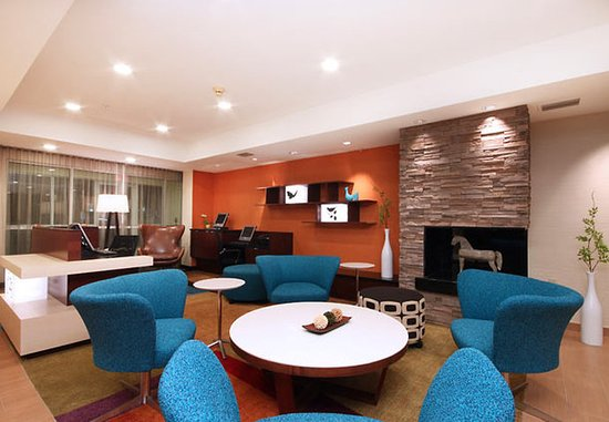 Irving, TX: Lobby Area