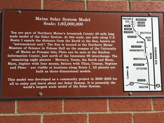 Presque Isle, Μέιν: Info plaque at UMPI science building