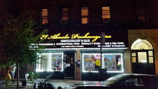 Woodside, estado de Nueva York: new restaurant