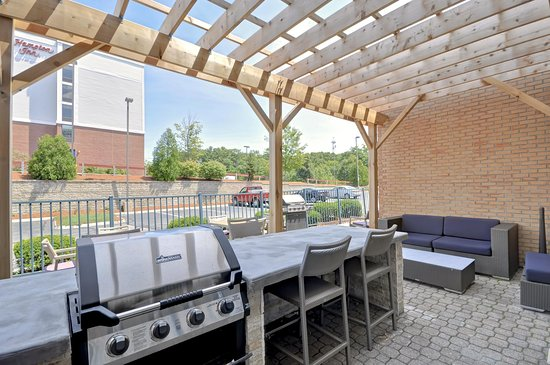Peabody, MA: Outdoor Patio