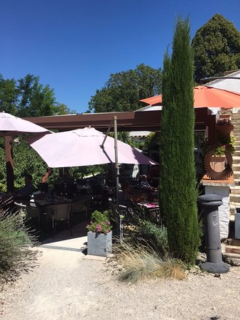 Le 9 Restaurant : terrasse