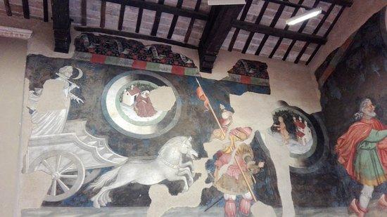 Palazzo Trinci: Affresco della luna