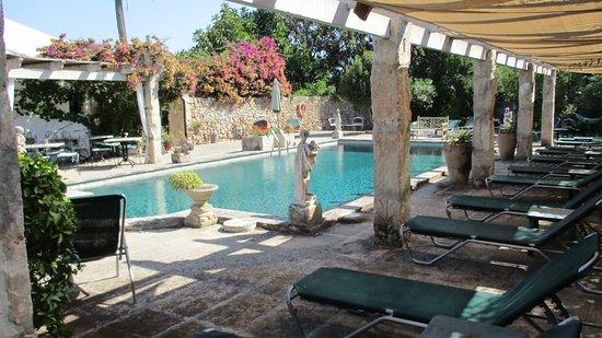 Biniarroca Hotel Photo