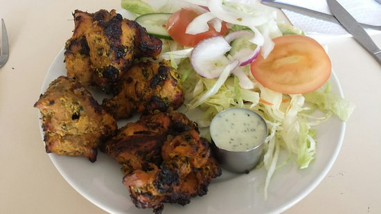 West Bromwich, UK: Methi Chicken at The Vine