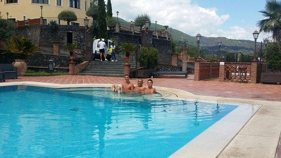 Zafferana Etnea, Italien: Splendido soggiorno!
