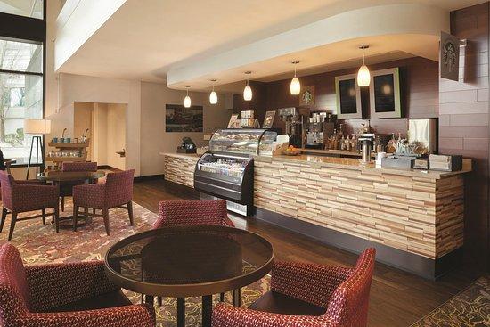 East Brunswick, نيو جيرسي: Starbucks