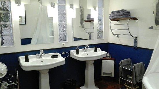 Cucugnan, Frankrike: Chambre Indigo