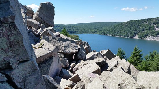 Baraboo, WI: Another view from a trail. Note all the rocks which we had to climb down/up on.