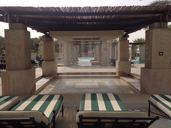 Bab Al Shams Desert Resort & Spa: Pool area 1