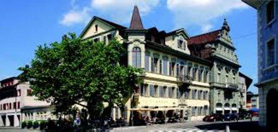 Langenthal, Suíça: Zentral gelegen.