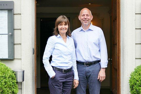 Langenthal, Suíça: Die Gastgeber Benno und Sandra.