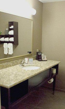 Scottsbluff, NE: Bathroom