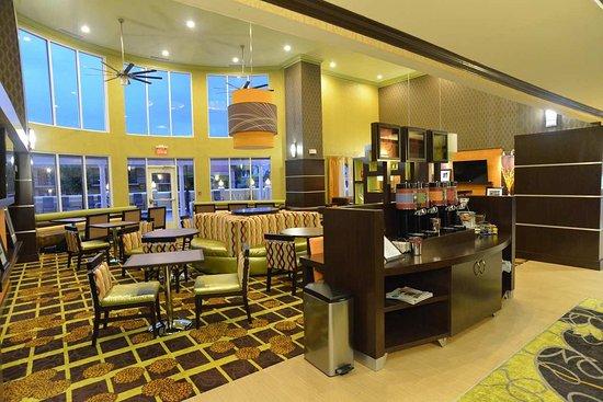 Lake City, FL: Lobby Beverage Station