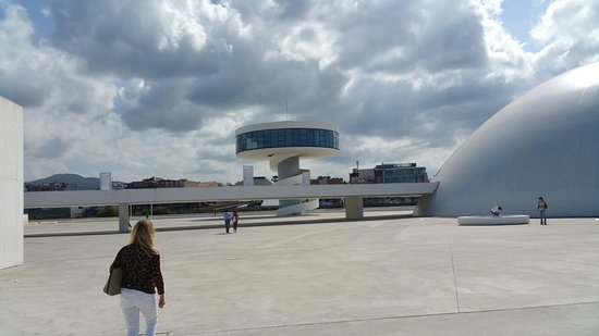 Centro Niemeyer: 20160810_171303_large.jpg