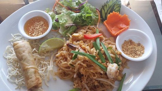 West Vancouver, Canada: Lunch special: Pad Thai