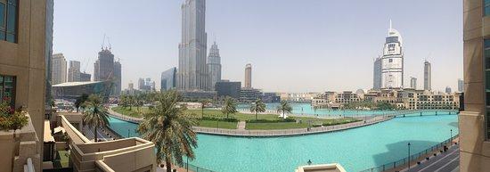 Ramada Downtown Dubai: Vista do hotel para a Fonte, Burj Khalifa e Dubai Mall