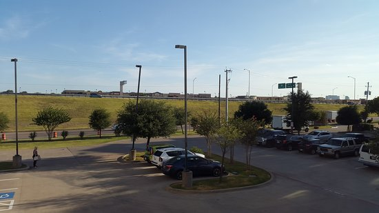 Candlewood Suites Plano East: View to the hwy