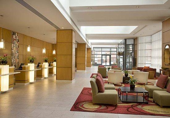 Toronto Marriott Downtown Eaton Centre Hotel: Lobby