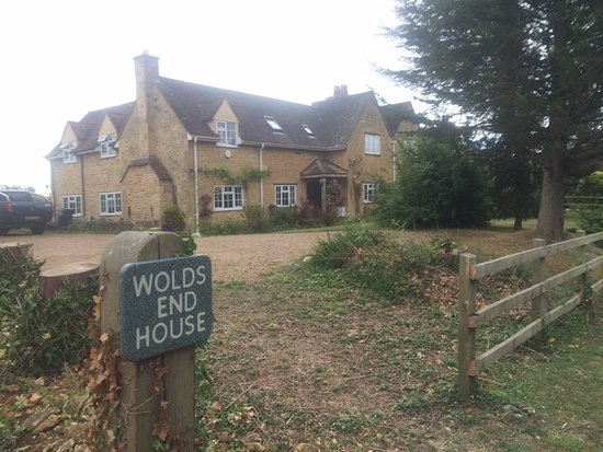 Wolds End House Bed & Breakfast