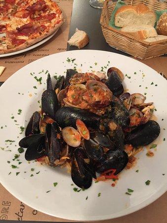 Tyrol du Sud, Italie : Spaghetti mit Muscheln - war super