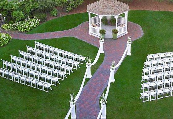 Livonia, MI: Wedding Ceremonies