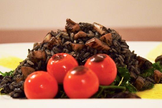Tkon, Croatia: Cuttlefish risotto