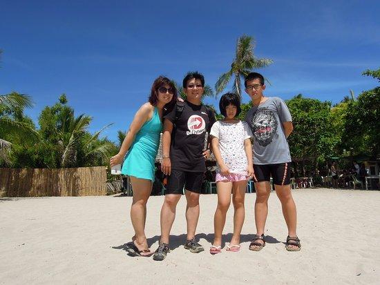 Lapu Lapu, Filipinas: 全家的留念!