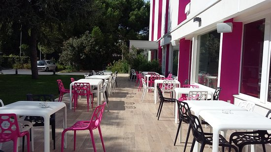 terrasse picture of inter hotel hotelio montpellier sud lattes tripadvisor. Black Bedroom Furniture Sets. Home Design Ideas