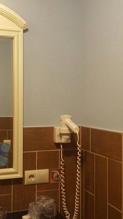 chambre 2 ouvert dans la cuisine séparer par le meuble - Photo de ...