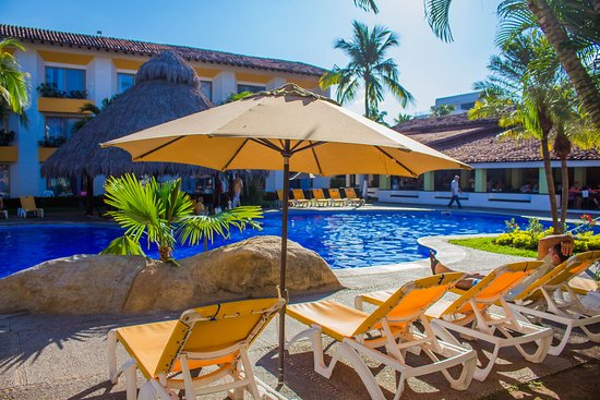 Plaza Pelicanos Club Beach Resort: Alberca Interna