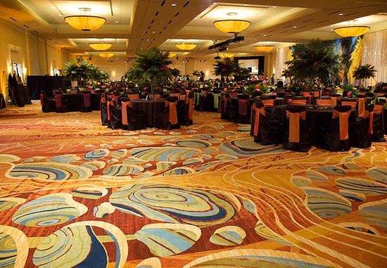 The Woodlands, TX: Grand Ballroom Social Set Up