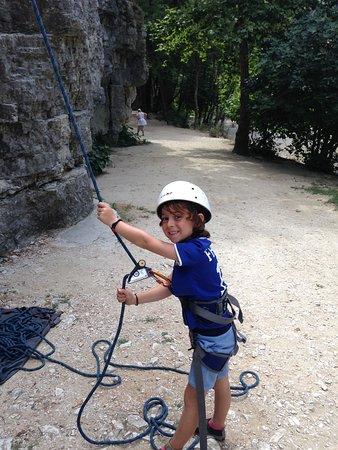 Le Bar-sur-Loup, France: Stage escalade enfant Gorges du Loup