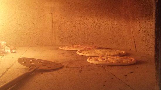 Sinnai, Italië: Le nostre pizze