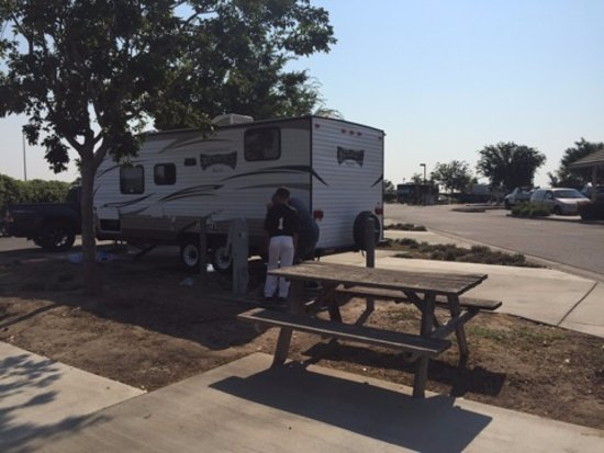Flag City RV Resort: Very spacious stalls