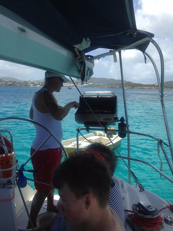 Rumbaba Charters: Alex preparing lunch