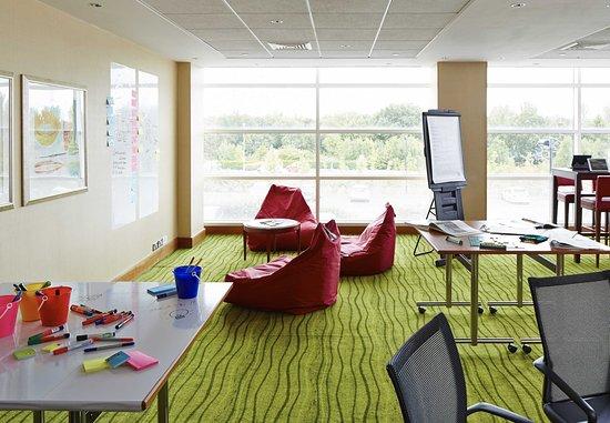 Enderby, UK: Meeting Room - Creative Space