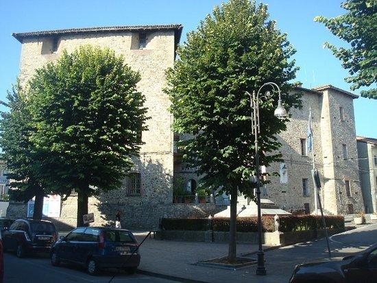 Rocca di Pianello (Rocca Municipale)