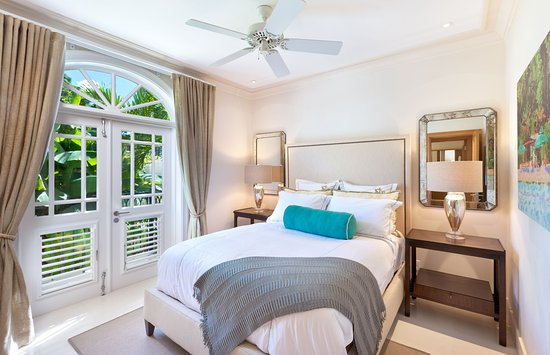 Speightstown, Barbados: Comfortable Guest Bedroom