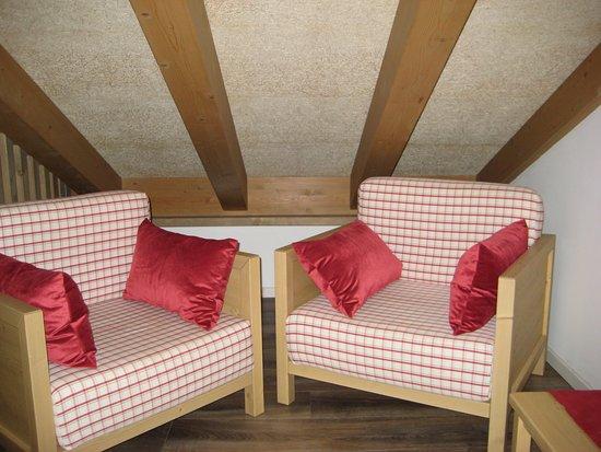 Terlago, İtalya: Angolo relax degli appartamenti su due livelli