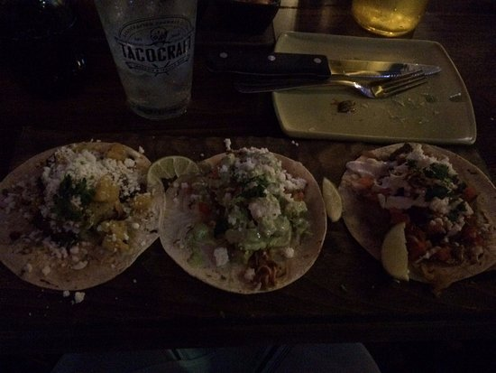 South Miami, FL: Taco platter with chicken, pork and steak... Steak ones was my fave!!